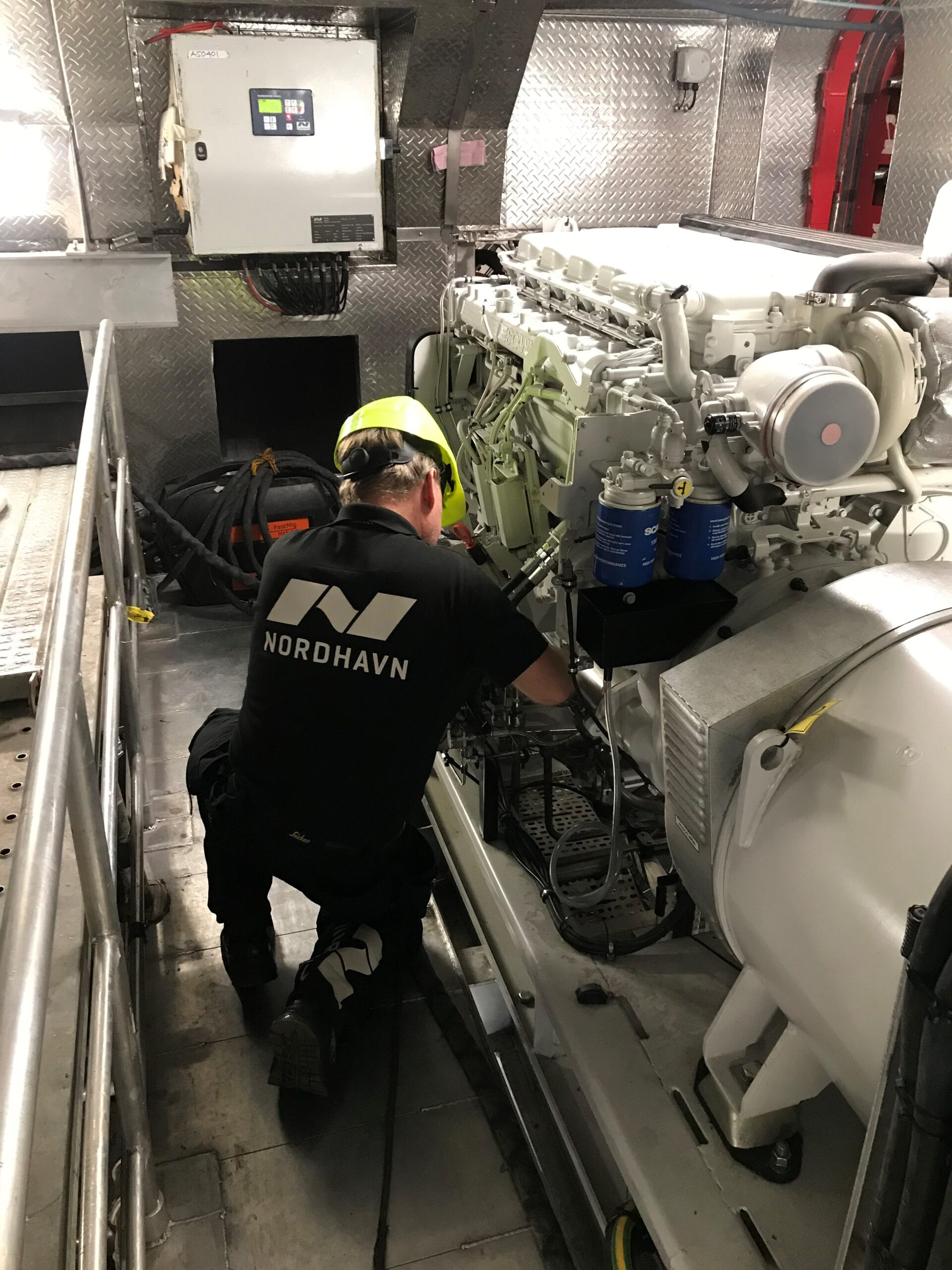 Service Engineer working genset