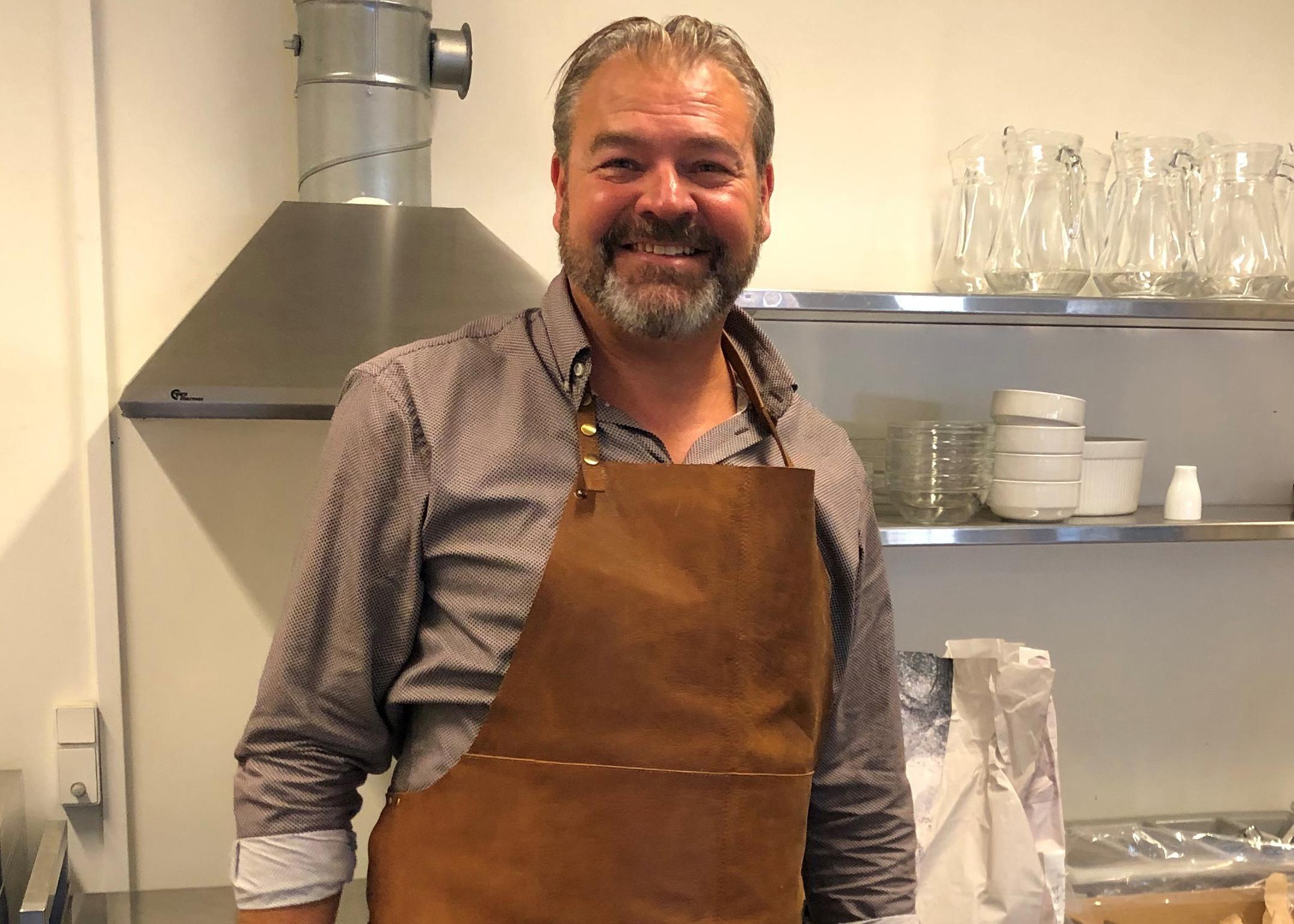 Søren Bruhn i køkkenet